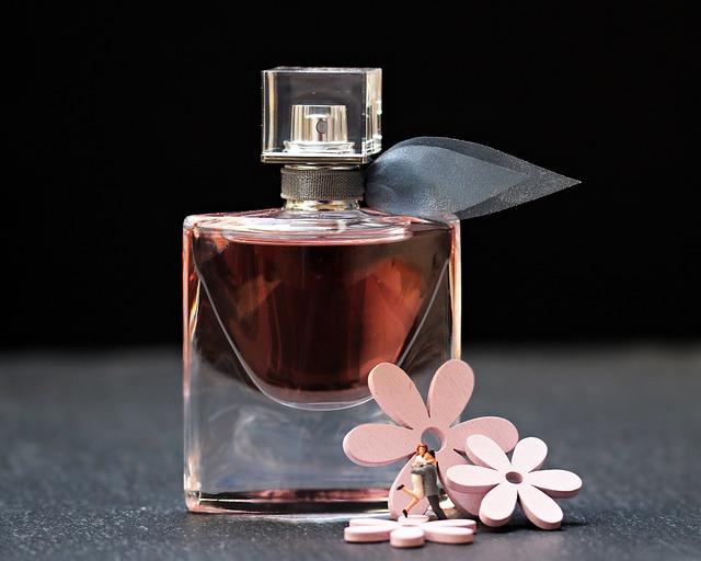 dekorace u parfému