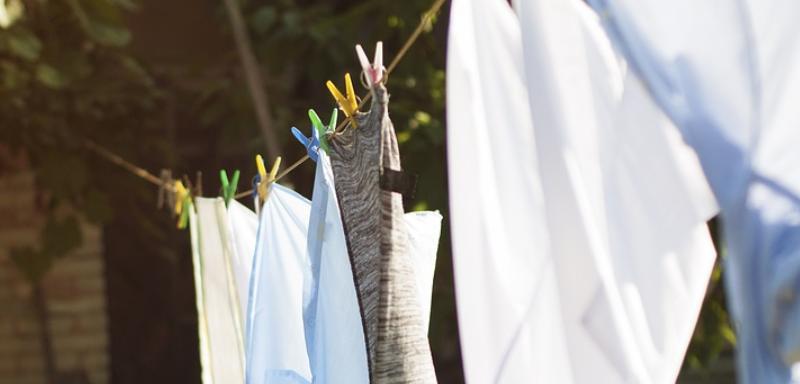 prádlo a šňůra